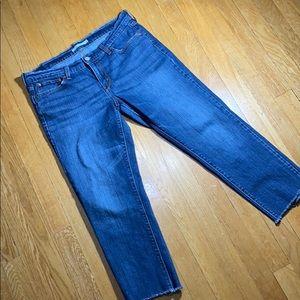 Levi Strauss boyfriend a cut off crop jeans